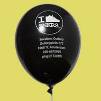 Logo op zwarte ballon